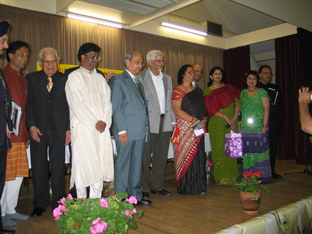Kavi Sammelan 2007group shot with Mr Bagchi  - Web
