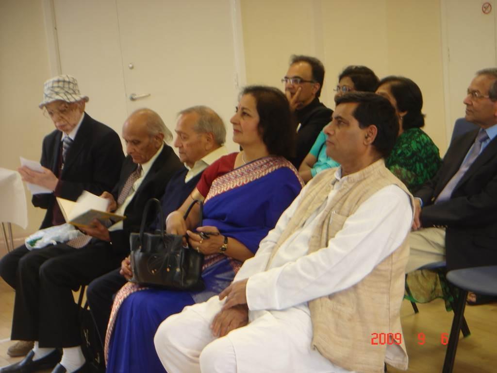 Kavi Sammelan 2009 Audience - Web