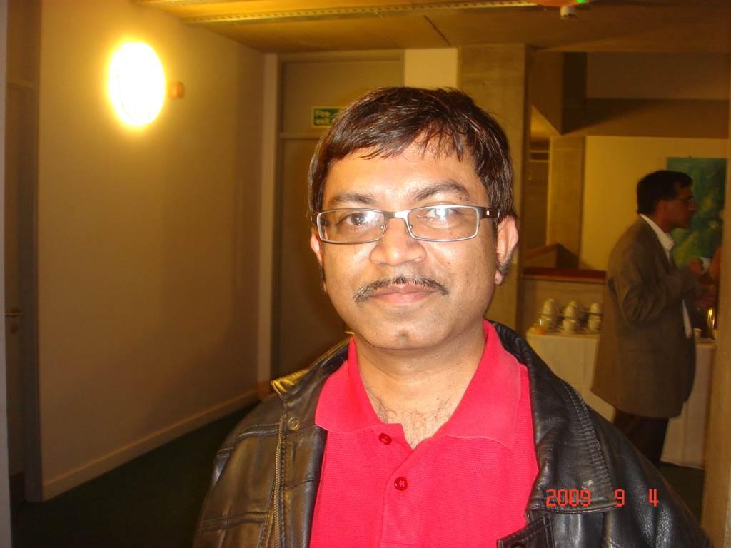 Kavi Sammelan 2009 Manoj - Web