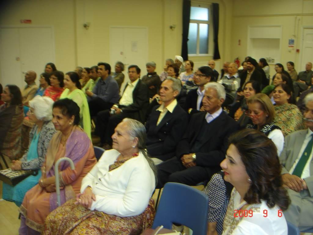 Kavi Sammelan 2009 audience 8 - Web